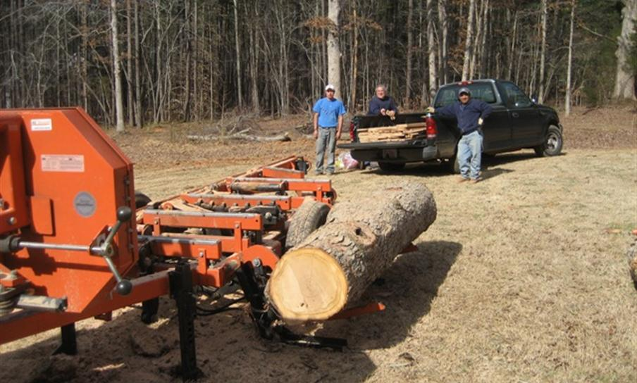LynchCo Portable Sawmill Services Custom Lumber in Wake Forest N. Raleigh Franklin County - Roy Lynch
